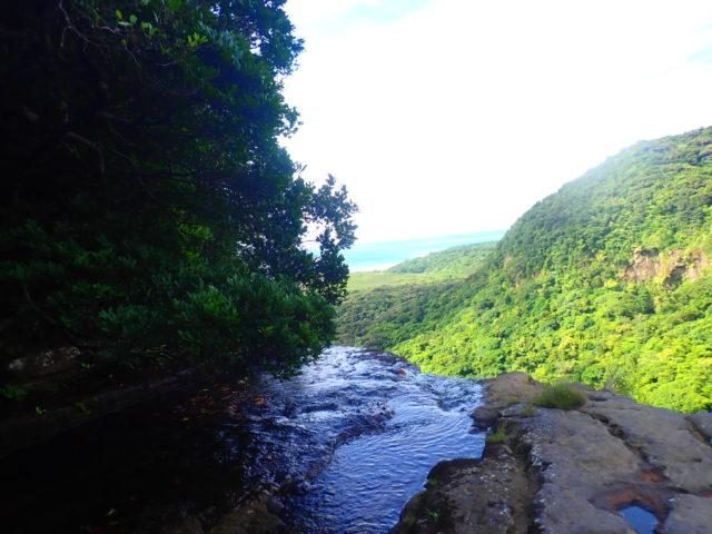 滝上からの景色