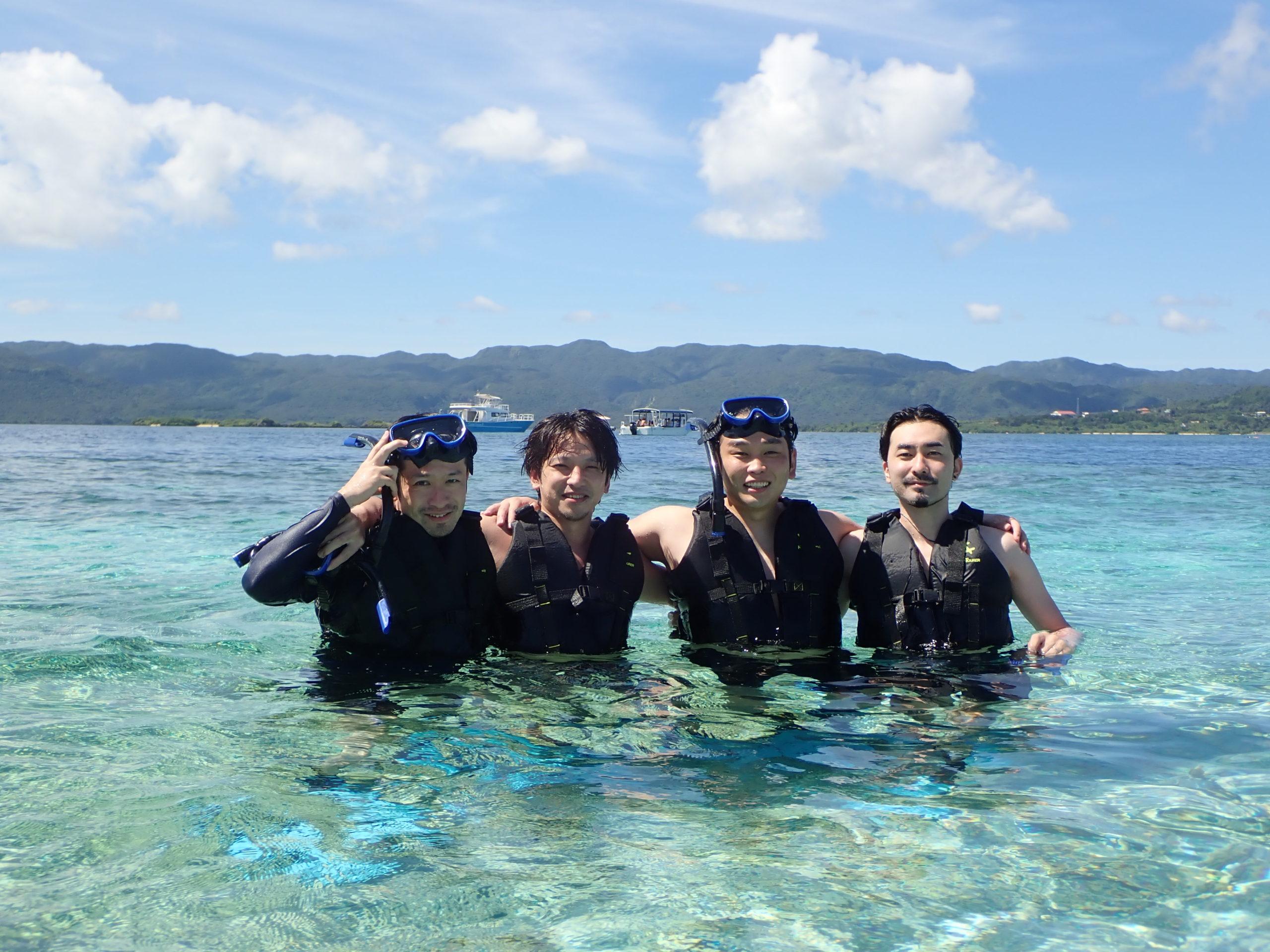 どこまでも透き通った海!トロピカルボートシュノーケリング