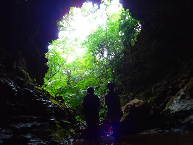 西表島 鍾乳洞ケイビング